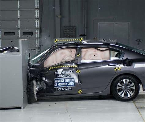 Honda Accord Ratings by 2016 Honda Accord獲美國iihs進階安全首選 Carstuff 人車事