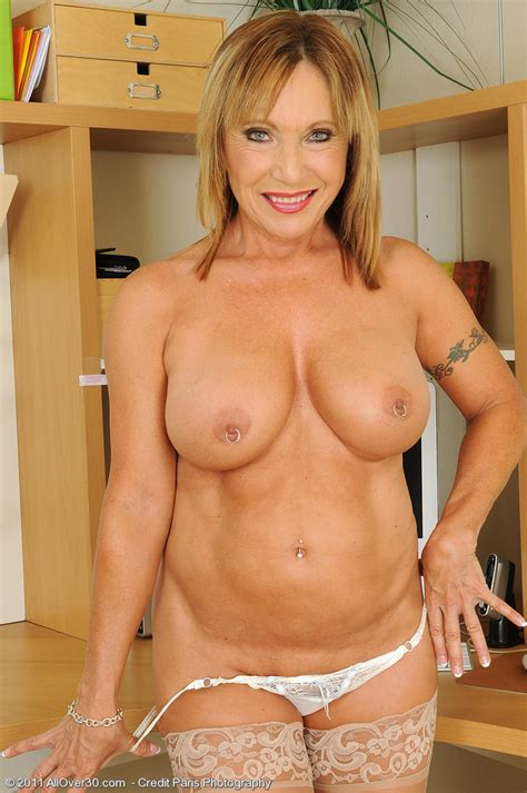 Hot Older Women 60 Year Old Luna From El Paso Tx In High Quality Mature