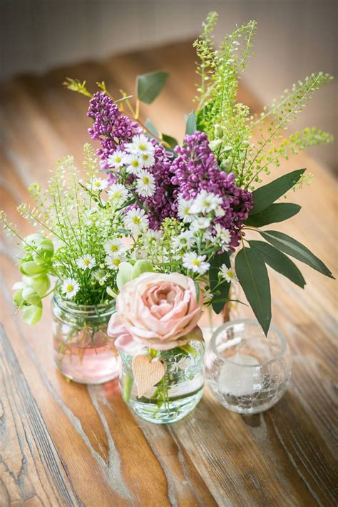 pretty simple rustic flower arrangement blooms greens