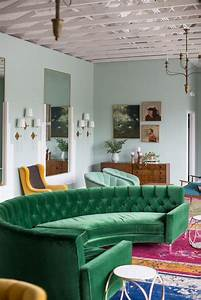mettez un canape vert et personnalisez l39interieur With tapis de gym avec canapé vert foncé