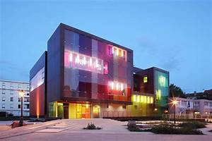 ShowCase: Youth Center and Sports Complex Saint-Cloud ...