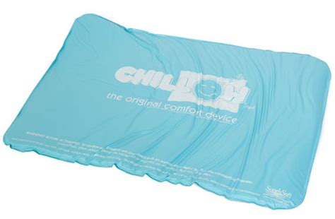 pillow that stays cold chill out get some sleep things
