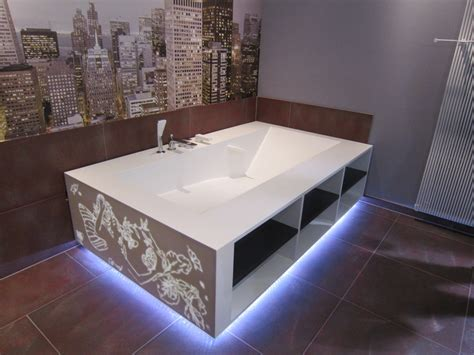 salle de bain avec meuble de cuisine cuisine corian salle de bain corian crea diffusion