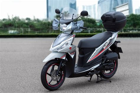 Review Suzuki Address by Suzuki Address 110 2015 Slimme Keuze Scooternews Nl