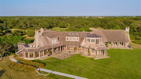 Obamas reportedly purchase Edgartown property for $11.75M ...