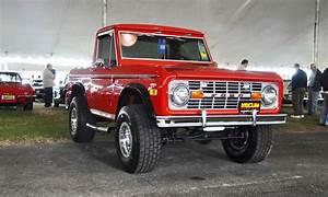 1970 Ford Bronco V8 Pickup