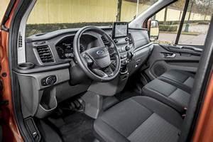 Ford Transit Custom 6 Places : ford transit custom 2018 le custom 2 0 l 39 argus ~ Dallasstarsshop.com Idées de Décoration