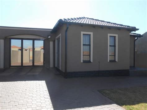 3 Bedroom House Johannesburg by 3 Bedroom House For Sale For Sale In Riverlea Jhb Home