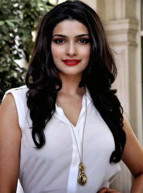 Top Indian Female Models and Their Entry in Bollywood ...