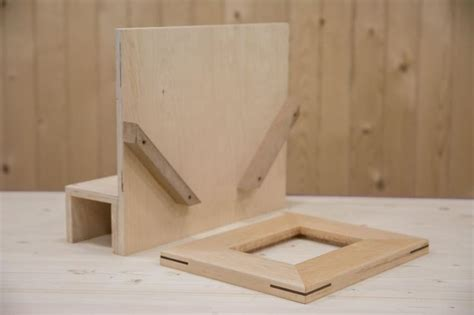 spline jig for picture frames could also use to cut