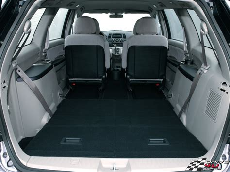 cars modiification mitsubishi grandis review