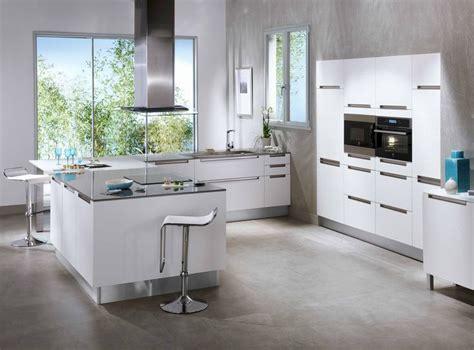 cuisines blanches et grises collection contemporaine stria fabriquée en dans les usines lapeyre moderne et inédite
