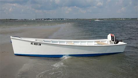 Skiff Boat Pics by Harkers Island Carolina Juniper Planked Skiff Page 2