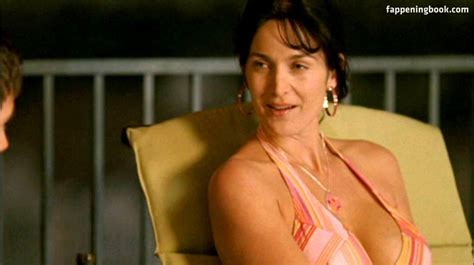 Carrie Anne Moss Nude Sexy The Fappening Uncensored