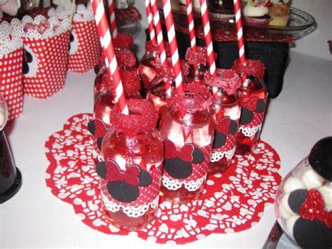 decoration d anniversaire minnie decoration anniversaire minnie sandrine b 233 langer