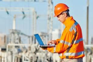 Engineer builder at construction site - SmartBid