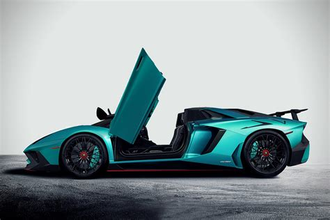 2017 lamborghini aventador superveloce roadster lp750 4 2017 lamborghini aventador lp750 4 superveloce roadster hiconsumption