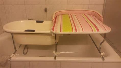 Bade-wickel-kombi Badewannenaufsatz Wickeltisch Badewanne Baby In Groß-umstadt