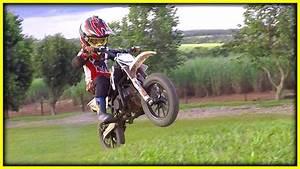 Vidéo De Moto Cross : mini moto cross no grau com dedica o se chega l gui 4 anos youtube ~ Medecine-chirurgie-esthetiques.com Avis de Voitures
