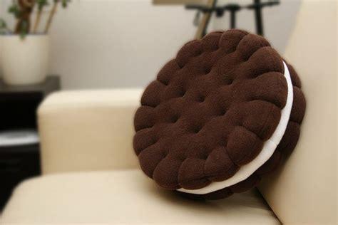 deko cuisine best 25 pillows ideas on