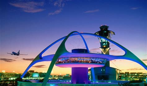 Uber Finally Arrives At Lax (but After Lyft Gets There First