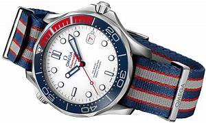 212.32.41.20.04.001 Commander's Watch 007 James Bond Omega ...