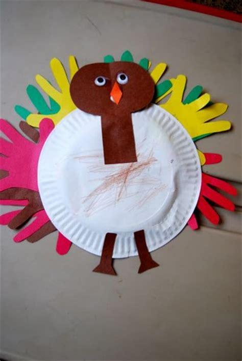 turkey  handprint feathers fun family crafts