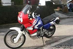 Honda Africa Twin 750 : 2002 honda xrv750 africa twin moto zombdrive com ~ Voncanada.com Idées de Décoration