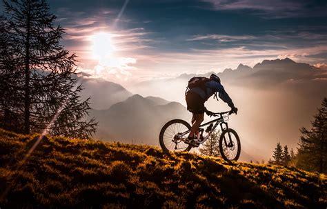Sport Mountain Bike Wallpaper