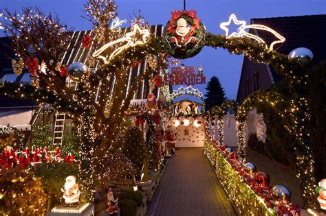 Garten Berlin Weihnachtsbeleuchtung by Exzessive Dekoration Ufo Zwischen Wohnh 228 Usern