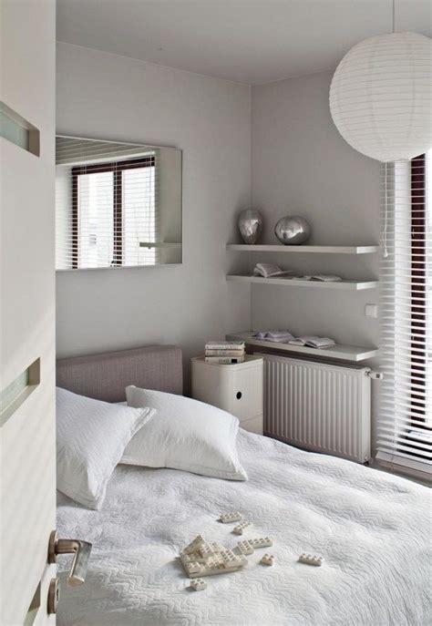 farbgestaltung im schlafzimmer schlafzimmer farben neutral hellgrau wei 223 kleiner raum kleines schlaffzimmer in 2019