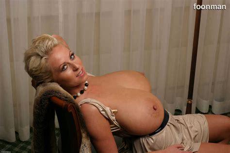 big breasts foonman foonman s big breast morphs