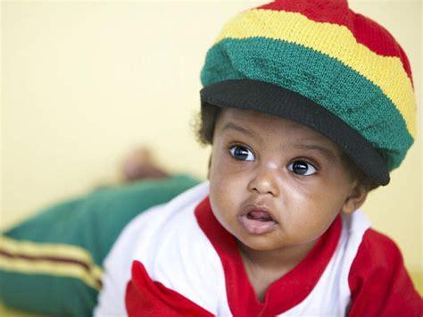 id 233 es de pr 233 noms africains pour gar 231 ons en images babycenter