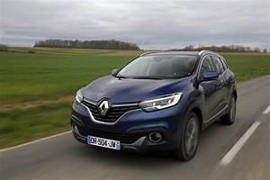 Renault Kadjar Black Edition : renault kadjar black edition nouvelle s rie sp ciale du suv renault l 39 argus ~ Gottalentnigeria.com Avis de Voitures