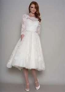 V-back Half Sleeves A-line Tea Length Vintage Lace Wedding ...