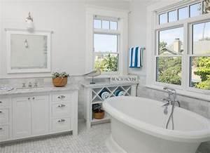 Deco salle de bain style bord de mer deco sphair for Salle de bain style bord de mer