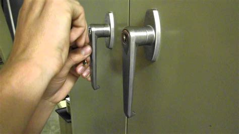 how to pick a file cabinet lock picking the lock on a file cabinet with a bobby pin youtube