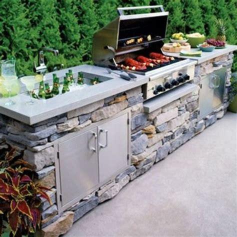photo cuisine exterieure jardin la cuisine avec îlot central idées de décoration et design