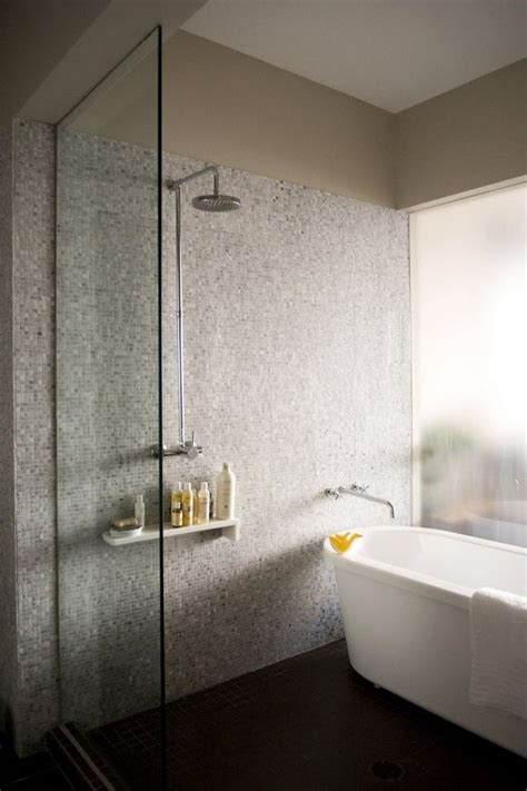 Freestanding Tub And Shower Combo by Freestanding Tub On Freestanding Bathtub