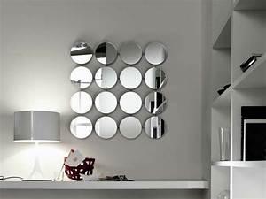 deco salon miroir With jardin et piscine design 11 lampadaire design optez pour une lampe de salon moderne