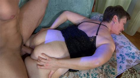 Momsgiveass Meggyandnicholas Anal Mature In Action