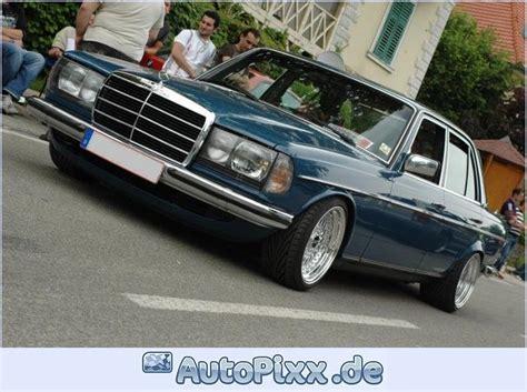 300sl's have a specific sound. Mirotvorec 1982 Mercedes-Benz 300D Specs, Photos, Modification Info at CarDomain