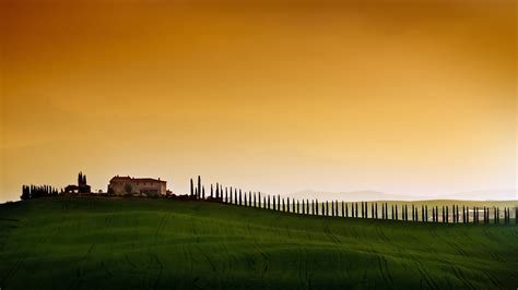 wallpaper tuscany italy europe sky field  nature