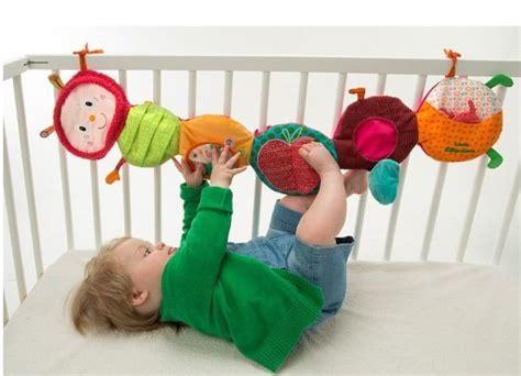 Baby Spielsachen Nähen by Lilliputiens Juliette Raupe Entdeckungsband Aktivspielzeug