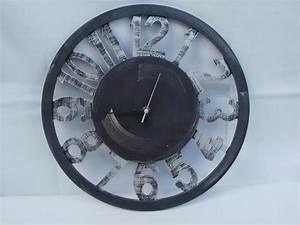 Wanduhr 40 Cm Durchmesser : wanduhr aus holzfasern g nstig bei dekodor ~ Bigdaddyawards.com Haus und Dekorationen