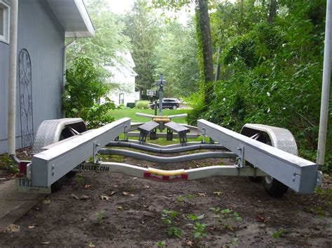 Pvc Boat Trailer by Need Advice Best Material For Trailer Bunk The Hull