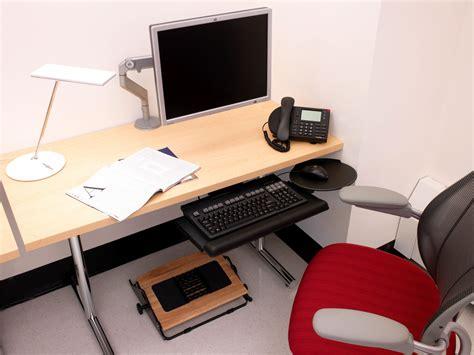 under desk rocking footrest under desk rocking footrest aidata relaxing adjustable