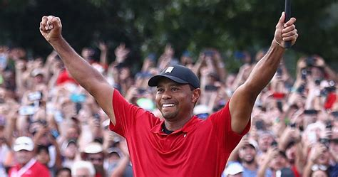 Tiger Woods Wins First Tournament Since 2013 | TheSportster