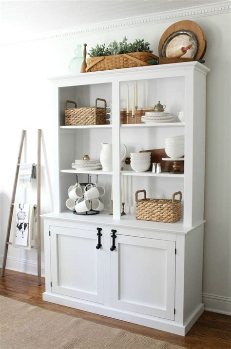 Kitchen Hutch Painting Ideas by Best 20 Dining Hutch Ideas On Painted Hutch