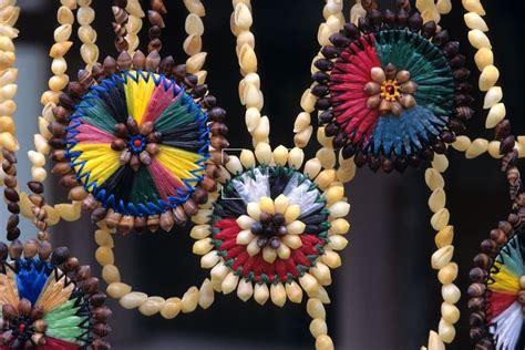 Kiribati & Tuvalu | Traditional Tuvalu Handicrafts | TV ...